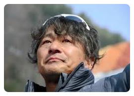 村岡桃佳選手の父